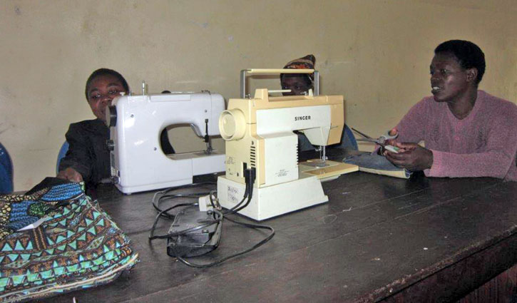 Wanted Sewing Machines Chanasa Chifundo Malawi Awesome Sewing Machines For Africa Charity